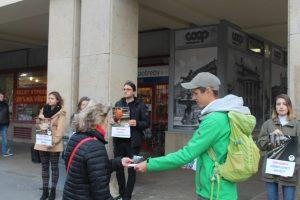 Piket - COOP Jednota v Bratislave, 8.10.2019. FOTO - Humánny pokrok (5)